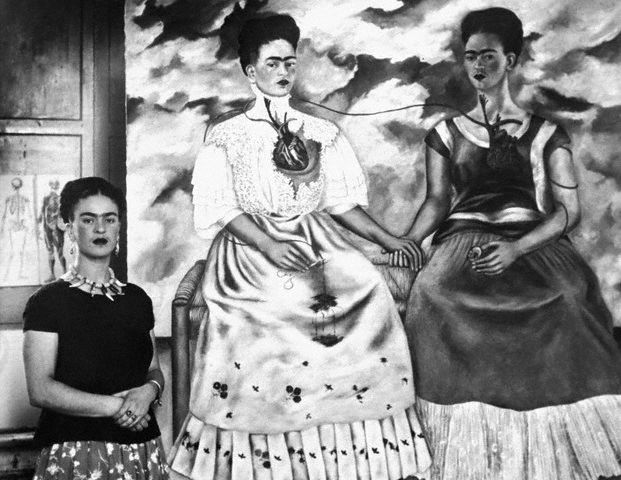 frida-kahlo-and-self-portraits